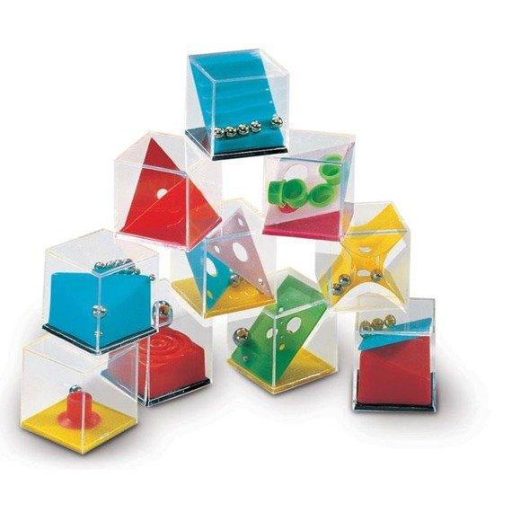 Komplet układanek w pudełku